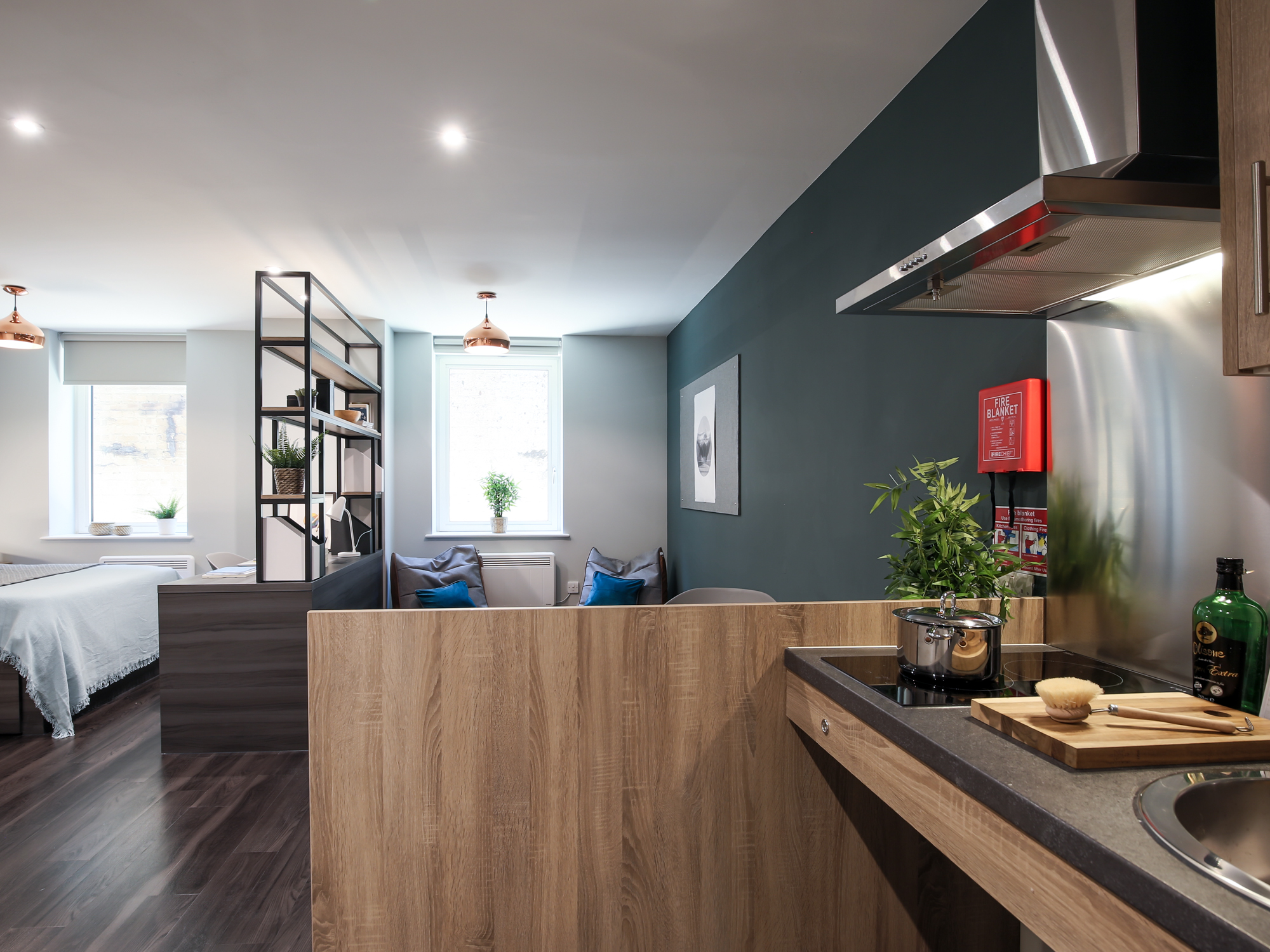 How to operate an Induction Hob | iQ Student Accommodation